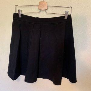 H&M black thick knit skater mini skirt
